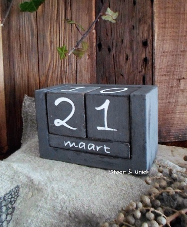 Blokkalender antique grey